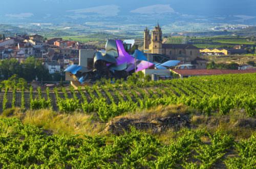 Marqués de Riscal in Elciego, La Rioja, Spanien - Vino Culinario