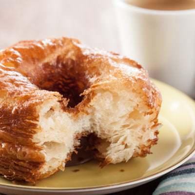 Croissant-Donut - Vino Culinario
