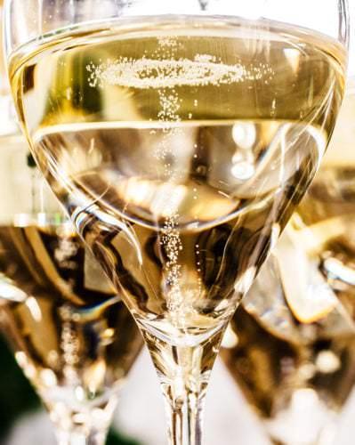 Moussierpunkt, Sektperlen im Champagner - Vino Culinario