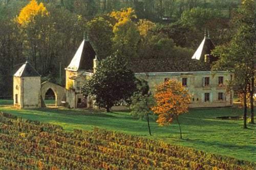Ein Château in der französischen Weinbauregion Bordeaux - Vino Culinario